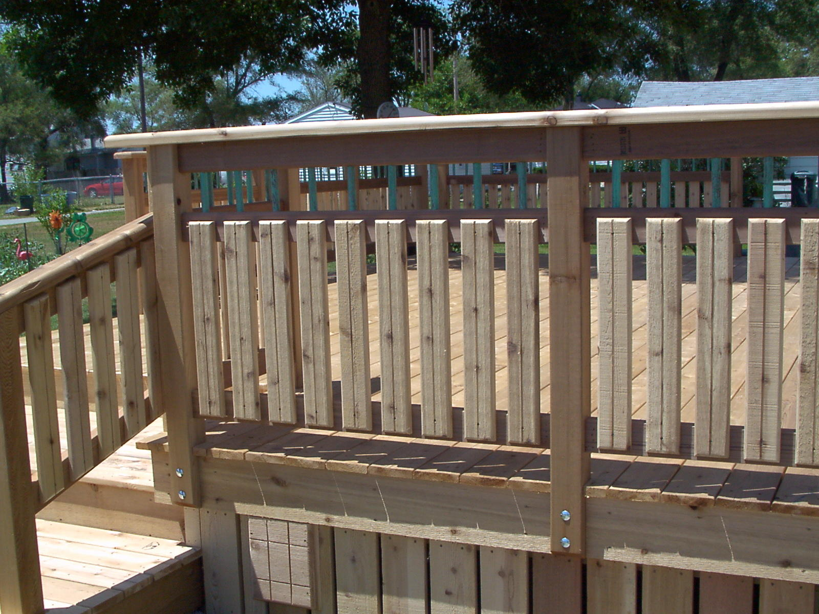 Deck railing ideas for Balcony railing designs pictures