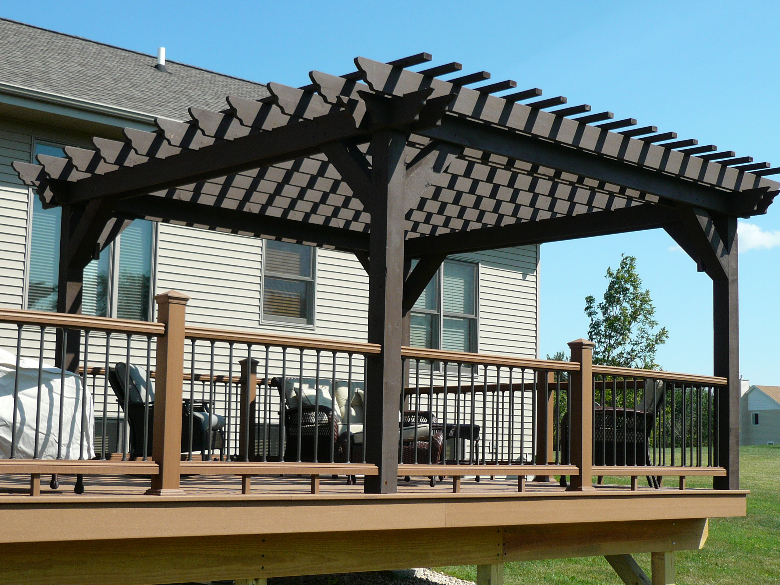 Pergolas Trellis Screen Rooms Decks And Patios In Ottawa